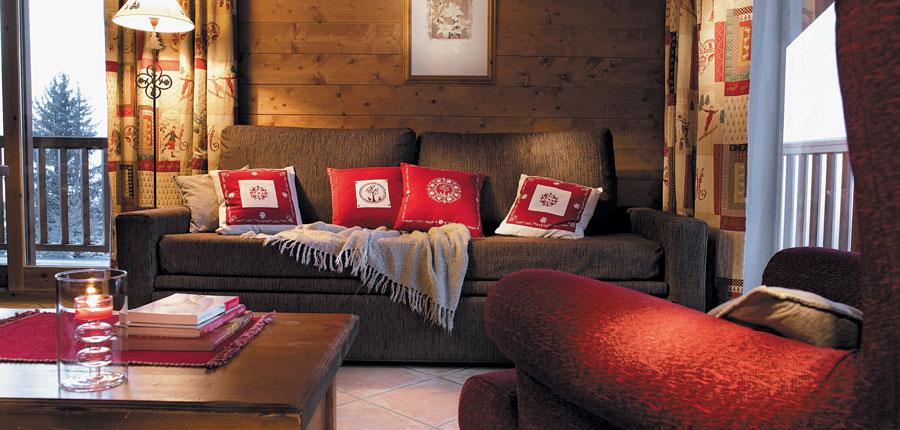 France_LesArcs_Les-Alpages-de-Chantel-Apartments_2-room-living-area.jpg